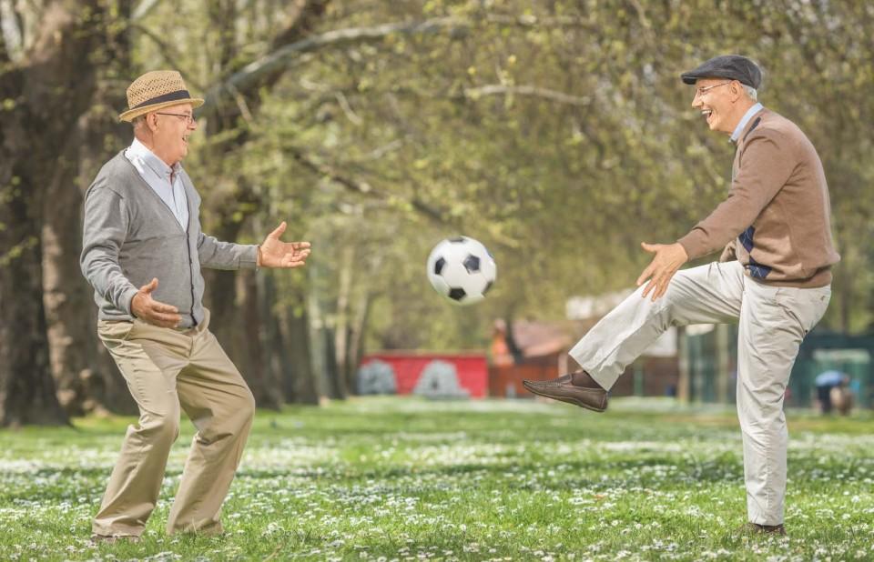 Senioren spielen Fussball
